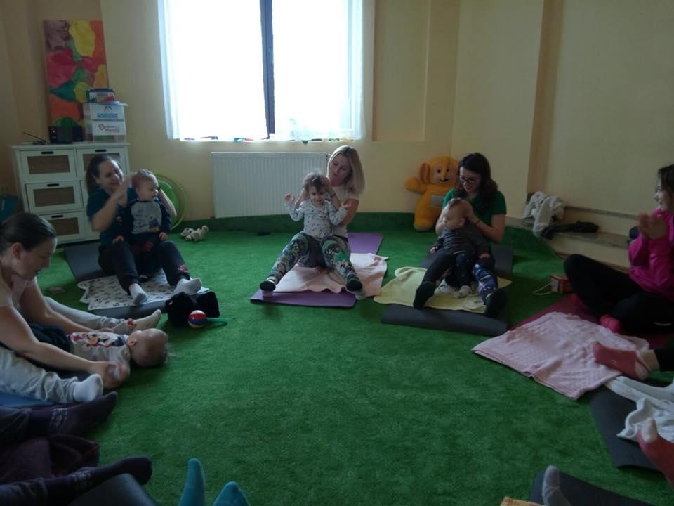 Clase Yoga mama si bebelusul