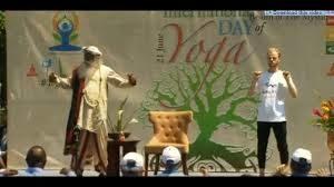 Rare video of Sadhguru himself Performing and Teaching Yoga Asanas